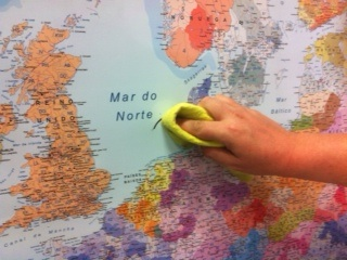 Borrar rotuladores Velleda sobre mapa plastificado